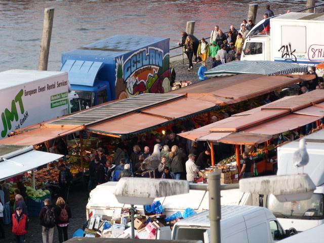 Fischmarkt Seitenblick oben