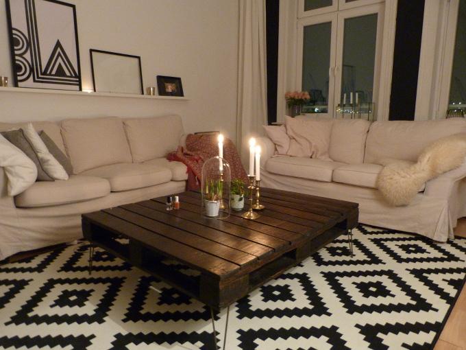 Wohnzimmer Sofas neu dekoriert