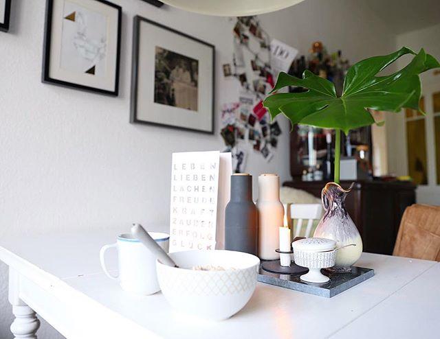 Frühstückszeit ️ Wohnküchen sind schon was feines - eigentlich wie ein zusätzliches Zimmer ️ Kommt gut in den Samstag ️