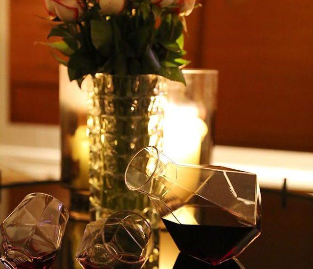 Decanter with So verliebt in das Ding und da grad sowieso große Rotweinliebe herrscht,total notwendig gewesen