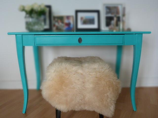 Pretty in türkis - Ikea Leksvik Schreibtisch in Farbe getaucht