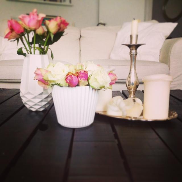 vasen deko couchtisch elbgestoeber. Black Bedroom Furniture Sets. Home Design Ideas