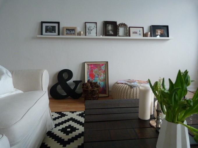 wohnzimmer seitenblick bilderleiste ikea