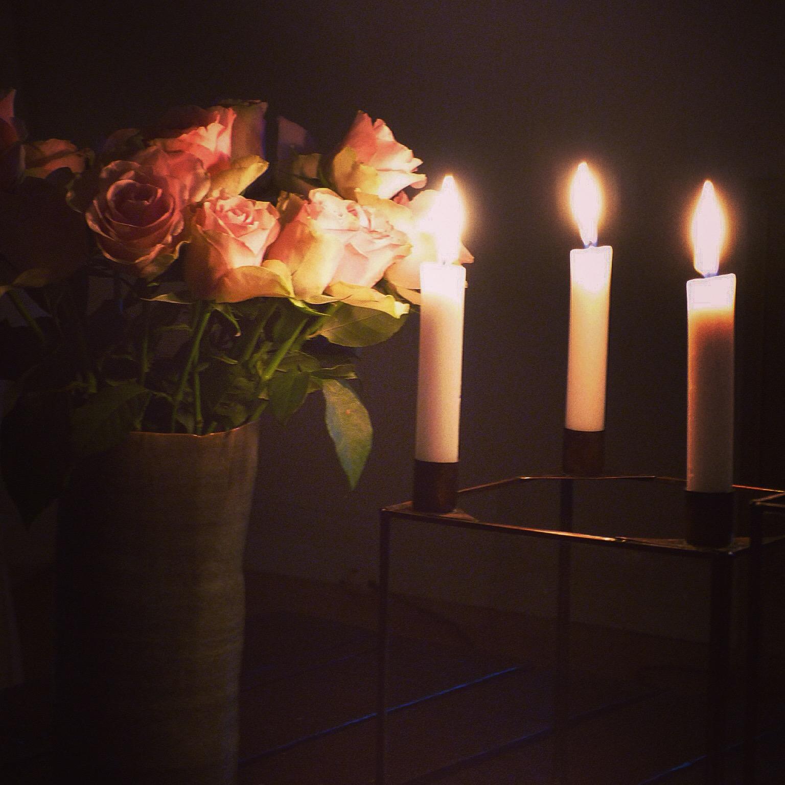 Rosen Kerzenlicht