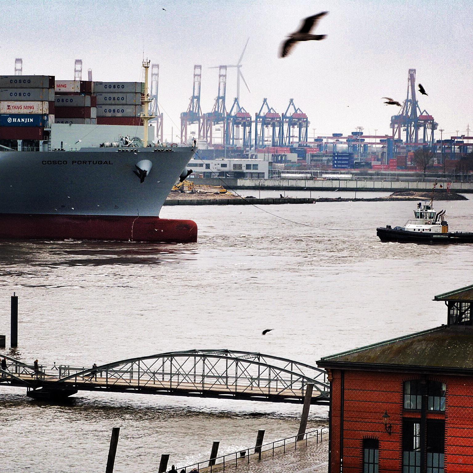 Containerschiff Fischmarkt